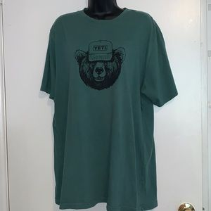 YETI Men's XL Olive Green T-Shirt EUC